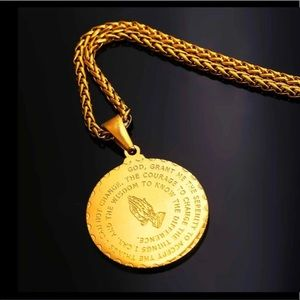 Other - New 18K gold play hand necklace